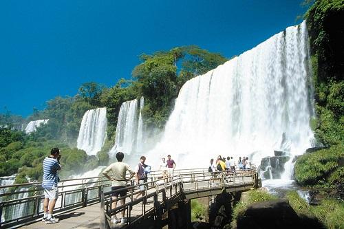 بلاد الفضة .. بلاد الشمس الباسمة الأرجنتين-602503