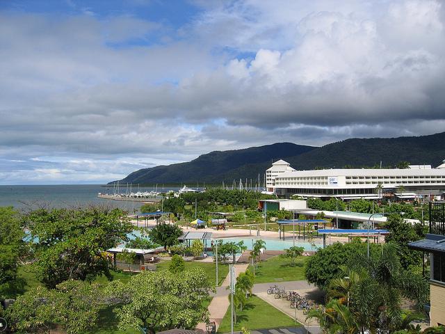 Cairns.jpg