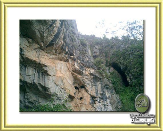 Cave-12.jpg