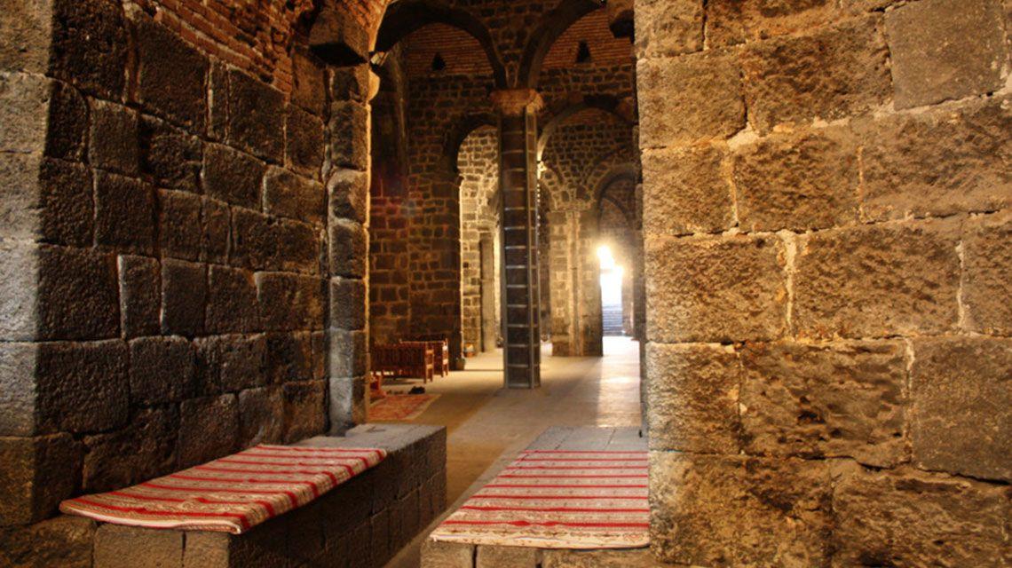 Diyarbakir-Fortress.jpg