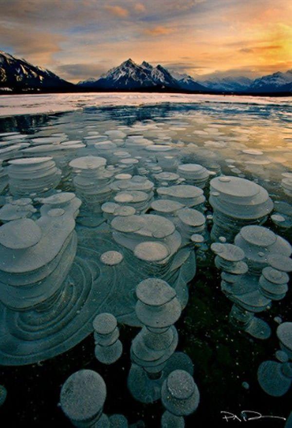 Amazing-Abraham-Lake-Alberta-Canada.jpg