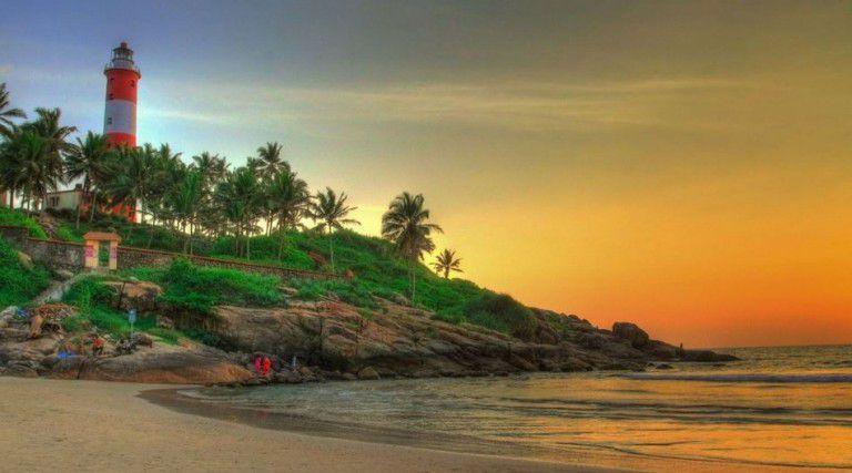 rabian-Sea-in-the-west-and-Tamil-Nadu-in-the-east.-Named-after-Anantha-Padmanabha-or-Lord-Vishnu.jpg