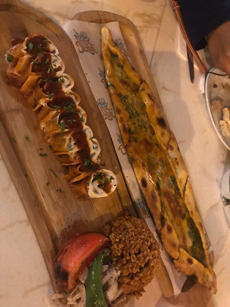 670018 المسافرون العرب مطعم بازار