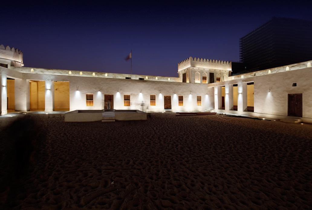 Al-Koot-Fort-Qatar-Doha-2010-3-Emdelight-Thomas-Emde-Unternehmer-Lichtkuenstler-Frankfurt.jpg