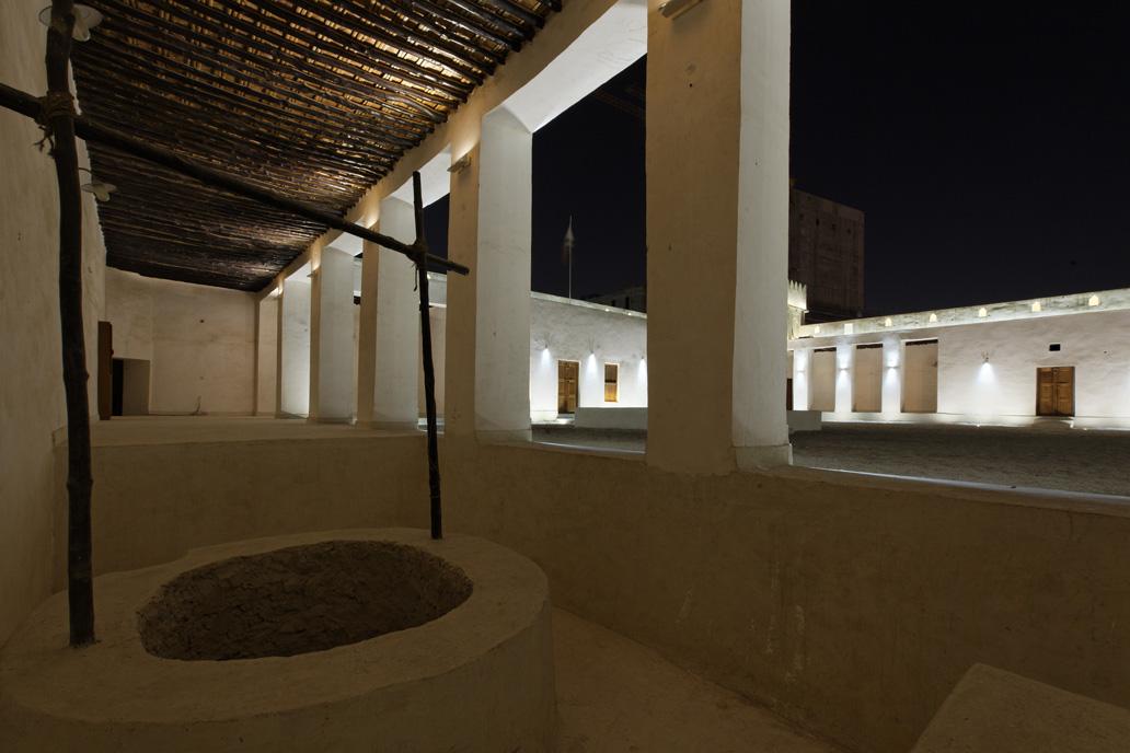 Al-Koot-Fort-Qatar-Doha-2010-4-Emdelight-Thomas-Emde-Unternehmer-Lichtkuenstler-Frankfurt.jpg
