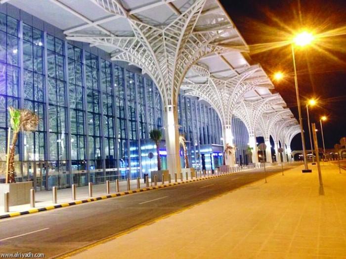 مطار الأمير محمد بن عبد العزيز الدولي بالمدينة المنورة-687207