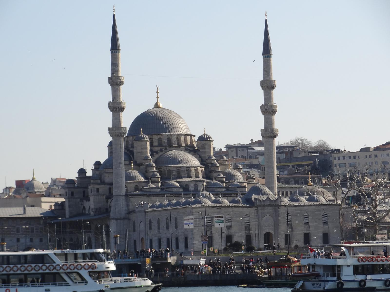 687689 المسافرون العرب أسماء بعض الدول وبعض الصور