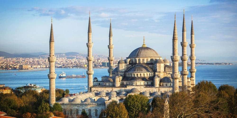 699657 المسافرون العرب دول الأغنى في المستقبل