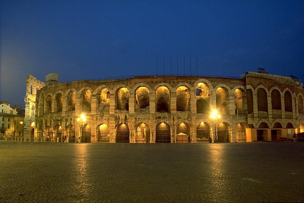 رحلتي الى ايطاليا طبيعة مذهلة واسعار مغرية !! الشمال الايطالي ميلان , كومو , فيرونا , فينيسيا-703222