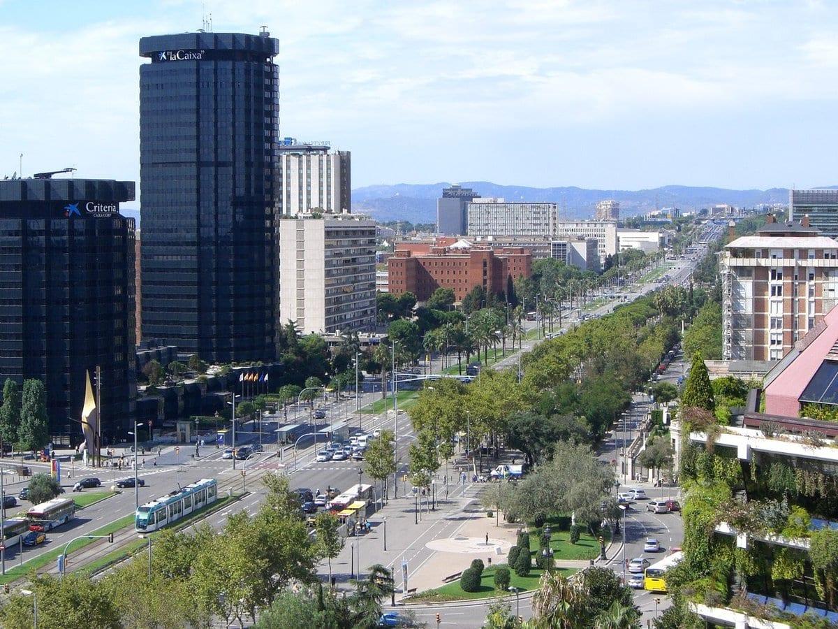704063 المسافرون العرب مقتطفات سعودي عن السياحة في برشلونة .