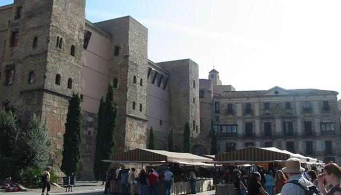 704068 المسافرون العرب مقتطفات سعودي عن السياحة في برشلونة .