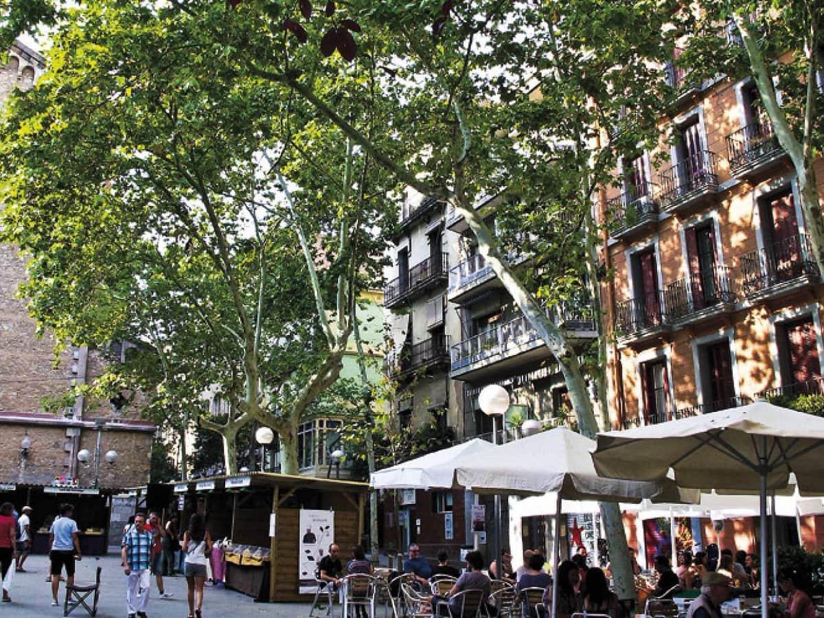 704085 المسافرون العرب مقتطفات سعودي عن السياحة في برشلونة .