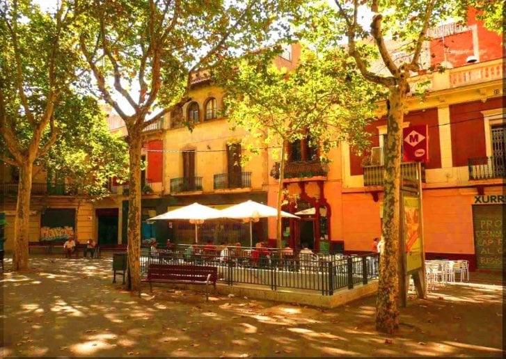 704086 المسافرون العرب مقتطفات سعودي عن السياحة في برشلونة .