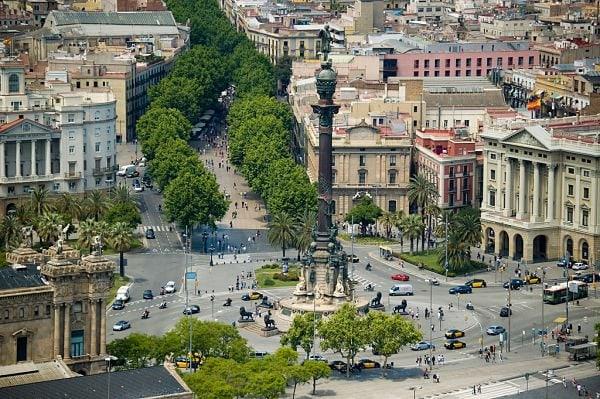 704089 المسافرون العرب مقتطفات سعودي عن السياحة في برشلونة .