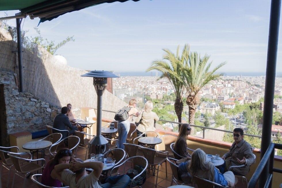 704125 المسافرون العرب مقتطفات سعودي عن السياحة في برشلونة .