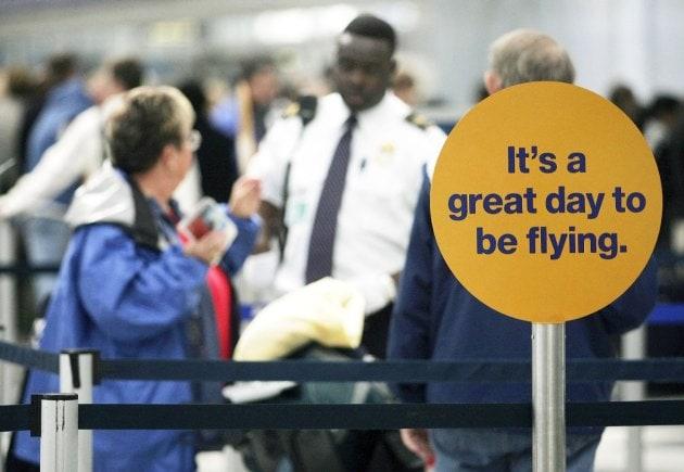 704628 المسافرون العرب قواعد حمل السوائل في الطائرة سؤال & جواب