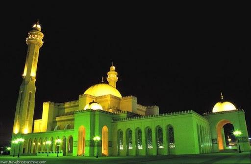 arab_travelers_malaysia_1392349812_366.jpg