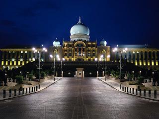 putrajaya+in+malaysia.jpg