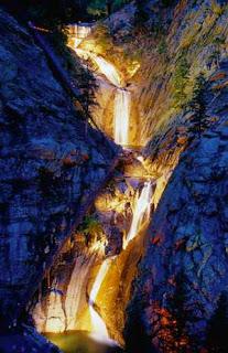 seven_falls_colorado_springs.jpg