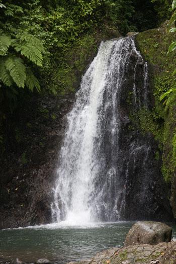 seven-sisters-waterfall04.jpg