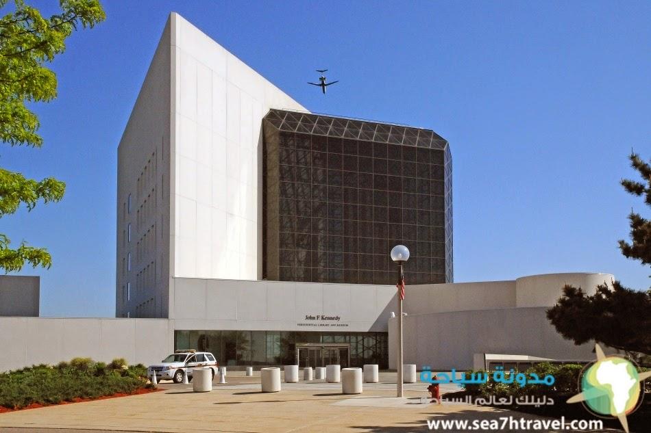 erior-John-F.-Kennedy-Library-Boston-Massachusetts.jpg