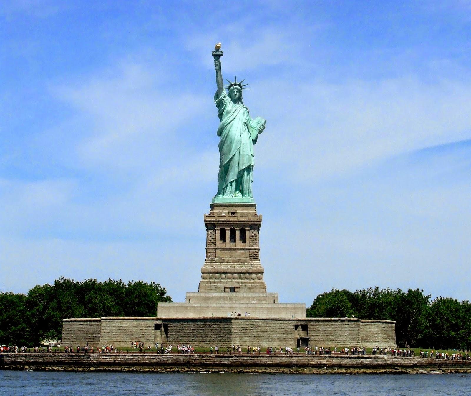 0327New_York_City_Statue_of_Liberty.jpg