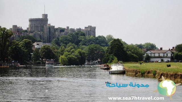 Windsor-Castle-River.jpg
