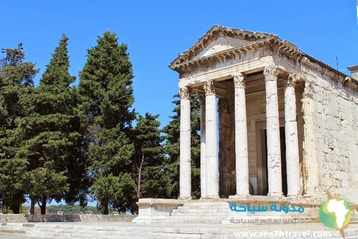 Augustus-Temple.jpg