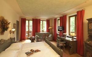 Hotel-St.-Georg2-300x185.jpg
