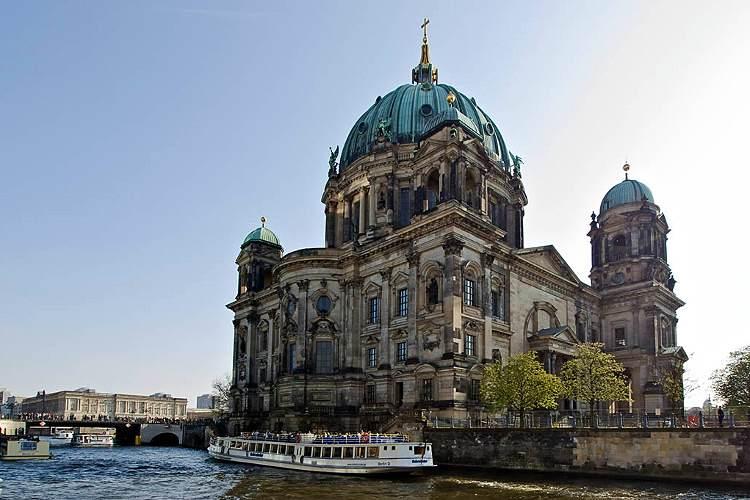رحلة الي برلين