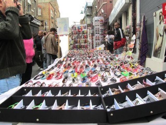 glasses-stall-at-brick-lane-market-on-august-15-20.jpg