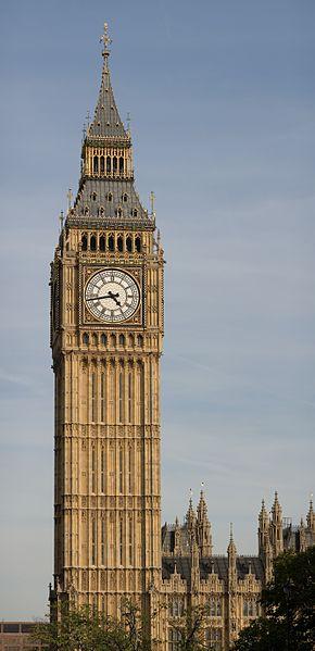 -_Palace_of_Westminster%2C_London_-_September_2006.jpg