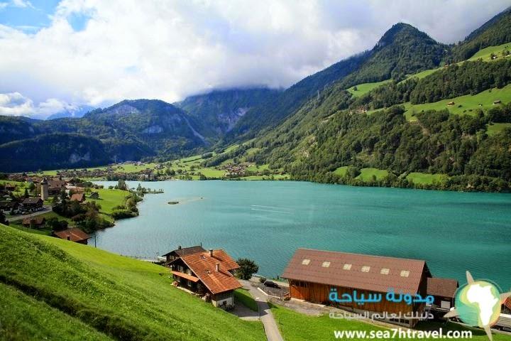 بحيرة برينز المدهشة في سويسرا Brienz
