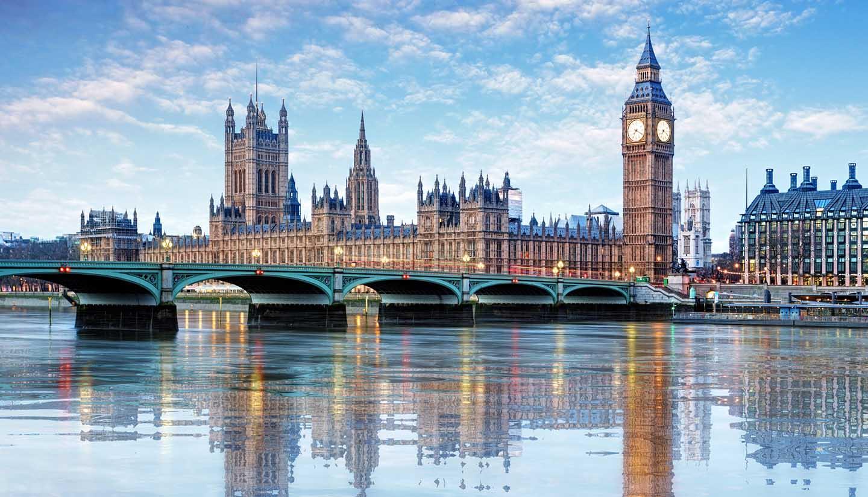 Think-UK-England-London-533462679-TomasSereda-copy.jpg