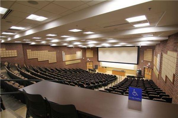 CBW290-Classroom-4-1.jpg