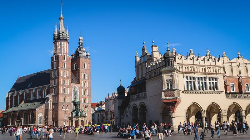 Krakow-old-town-2.jpg
