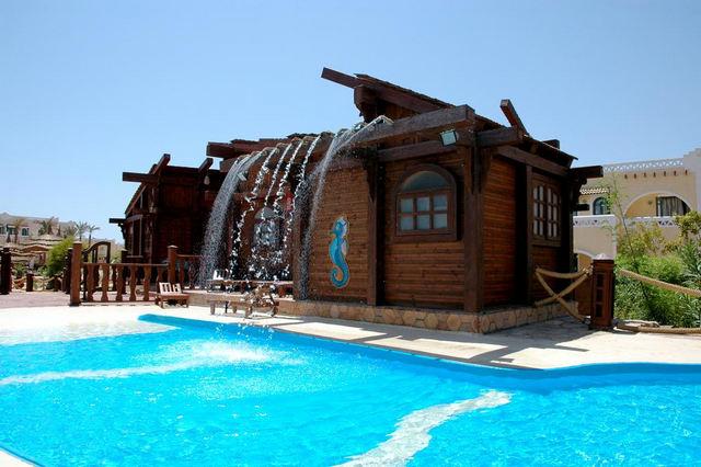 Club-Pharaohs-Reef-Resort-3.jpg