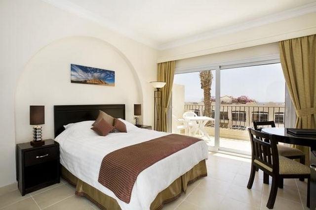 Royal-Naama-Bay-Resort-1.jpg