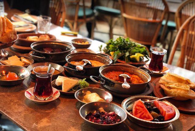 Nezih-restaurant-%C4%B0stanbul-1.jpg