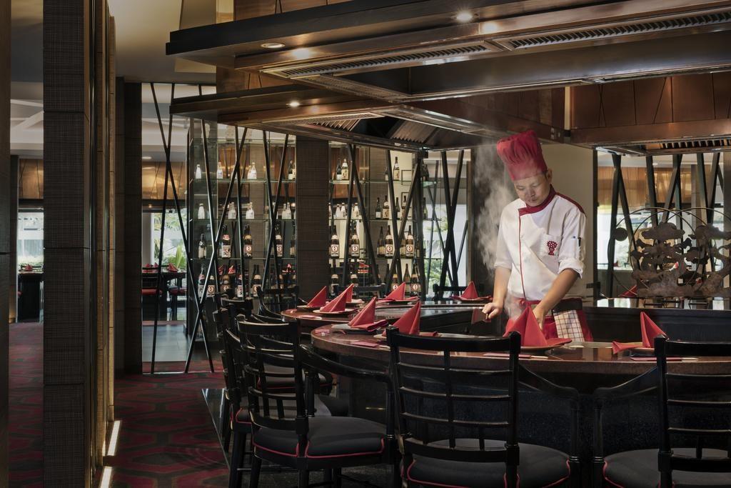 Anantara-Riverside-Bangkok-Resort5-1-1024x683.jpg
