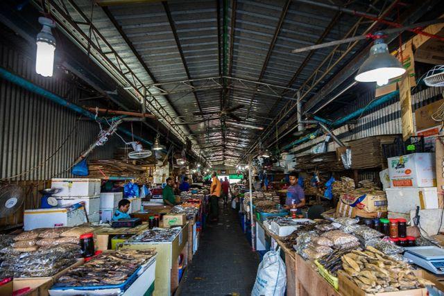 maldives-markets.jpg