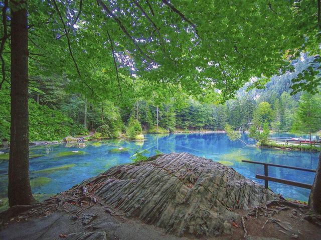 Interlaken-Blausee-6.jpg