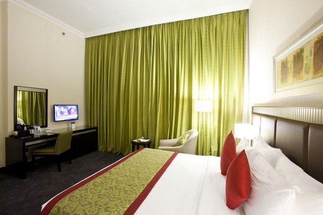 copthorne-doha-hotel3.jpg