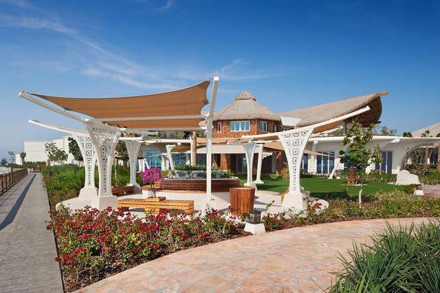 Banana-Resort-in-Qatar44.jpg