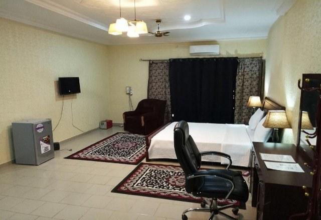 Niamey-Niger-hotels3.jpg