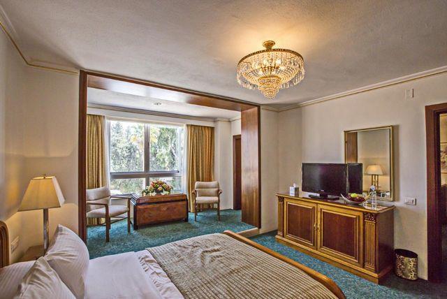 Oman-Resorts-3.jpg