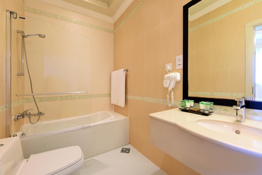 al-hamra-residence-hotel-ras-al-khaimah-1.jpg