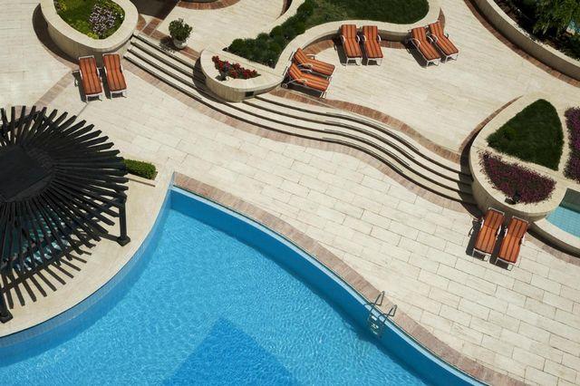 Le-Meridien-Amman-Hotel-2.jpg