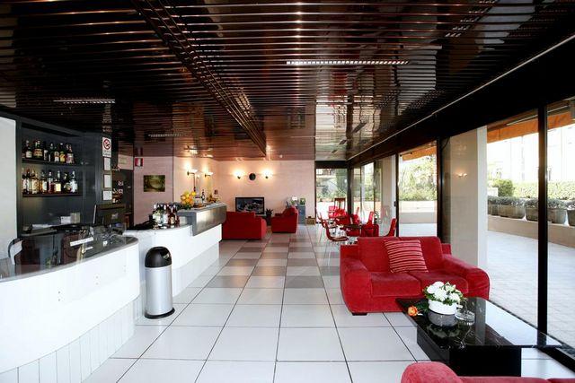 Hotel-Cristal.jpg