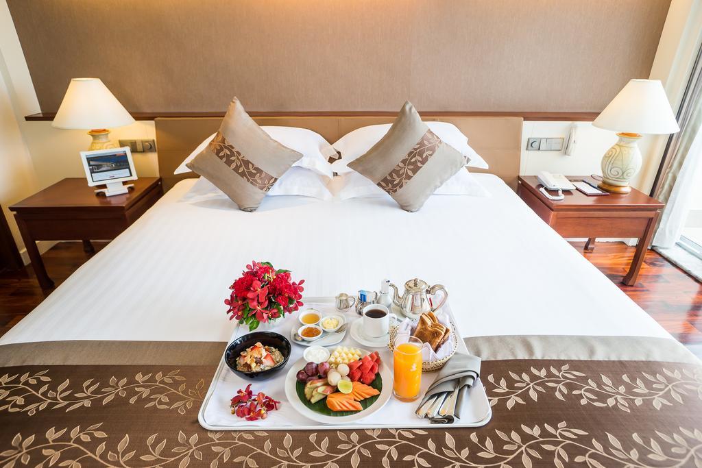 Royal-Wing-Suites-Spa-hotel.jpg